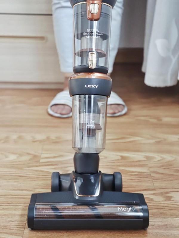 莱克公司又一力作,立式吸尘器M12 MAX让清扫家务变轻松
