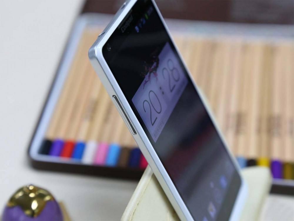 酷派复生!第一款1000元 5G 新品发布,国内紫光 5G 集成ic扶持