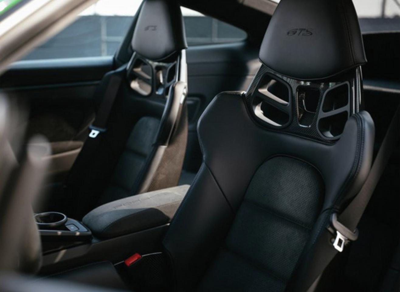 折合人民币约107.88万元,保时捷新款911 Carrera GTS官图发布