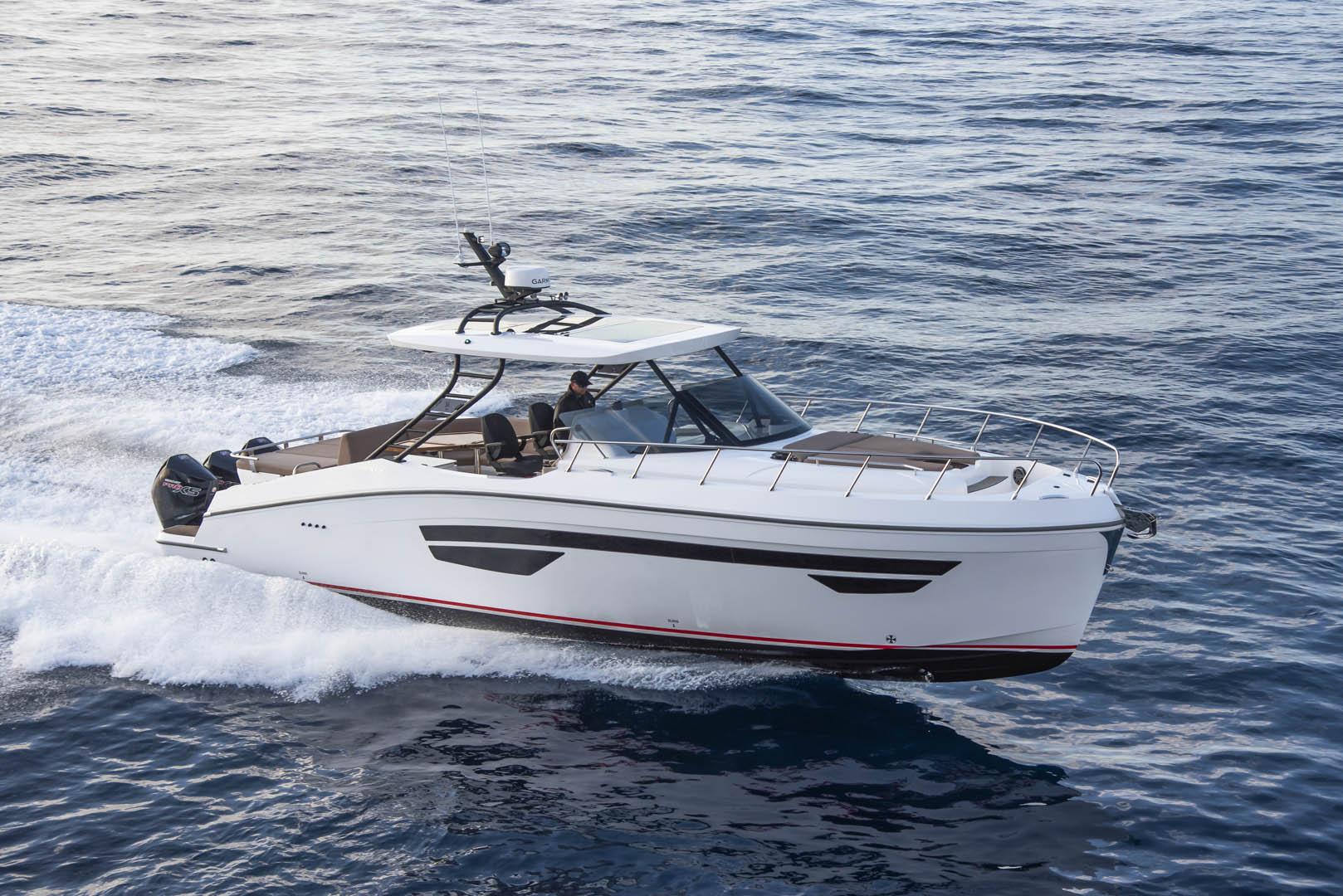 中东最大船厂Gulf Craft推出Oryx379 全新船型