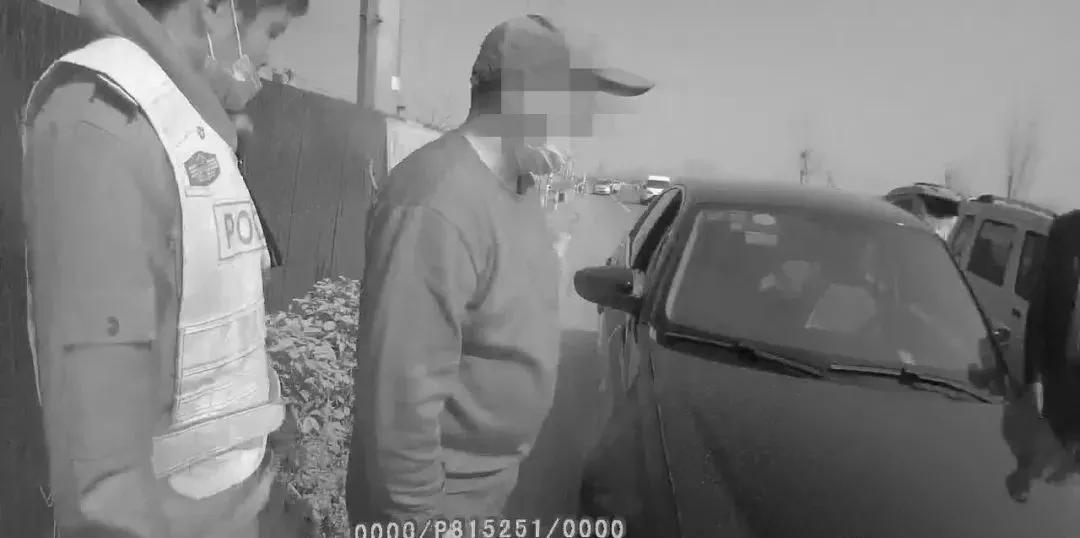 临沂一男子无证驾驶被抓,经调查竟是刑拘在逃人员