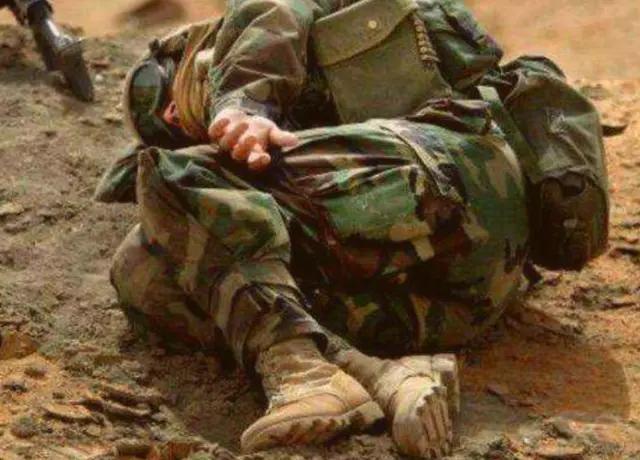 战场上中弹后还能活多久?老兵告诉你,电视剧成天忽悠人