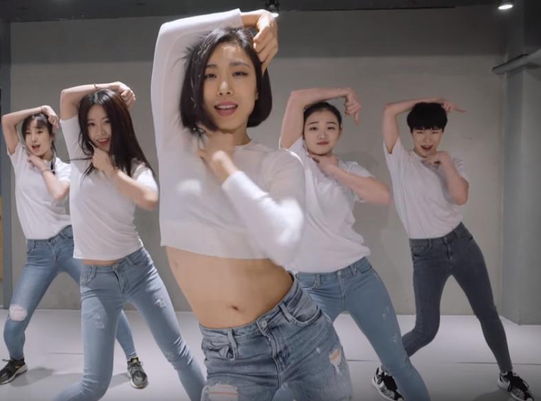 19岁舞蹈天才曾经出演BTS经典MV,如今却遭到了网友抵制