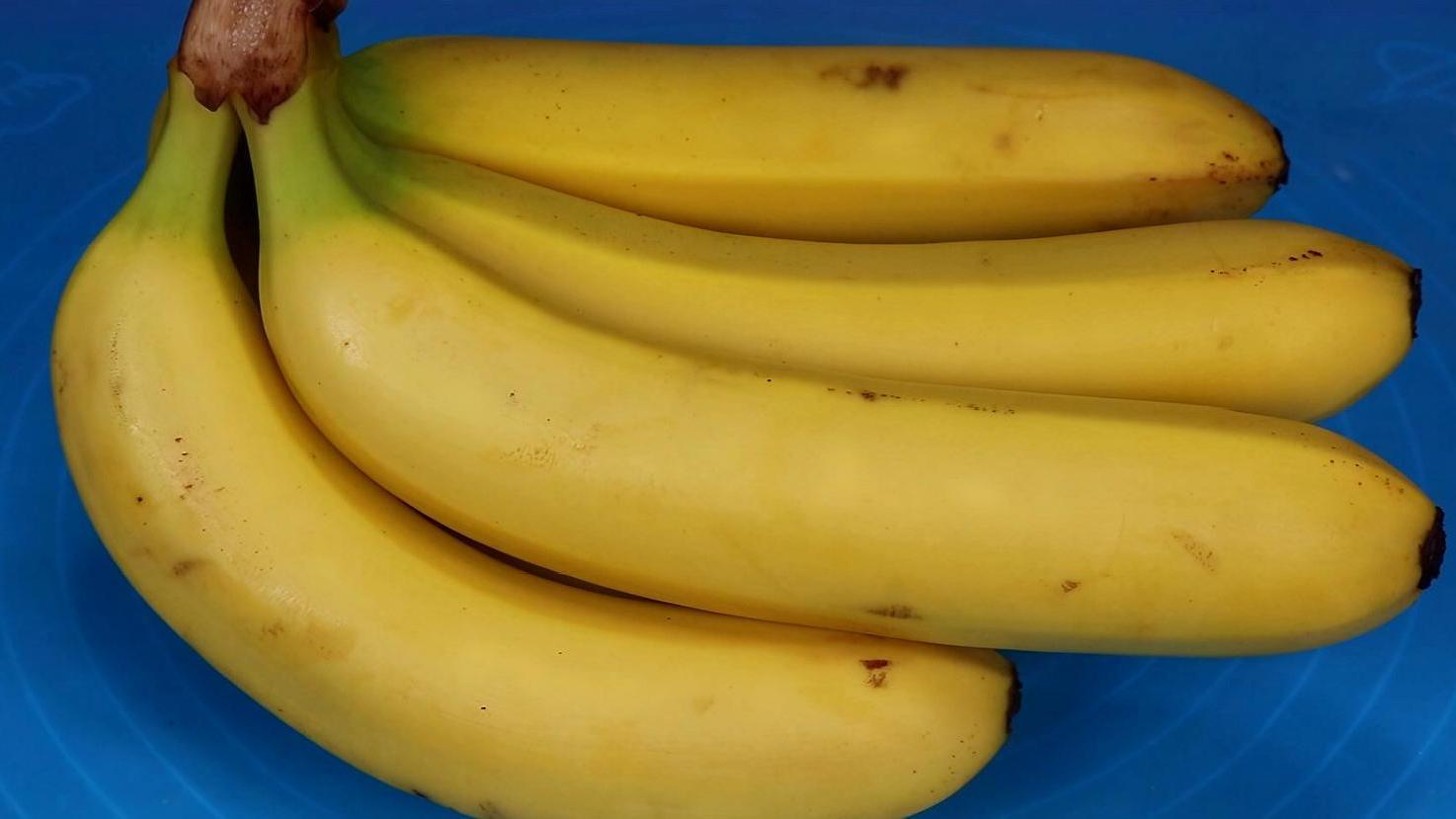 買香蕉,挑直的還是彎的,學會這些,絕對能挑出又甜又香的香蕉了
