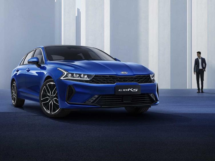 车型简单选装丰富,全新一代起亚K5凯酷上市售16.18万元起