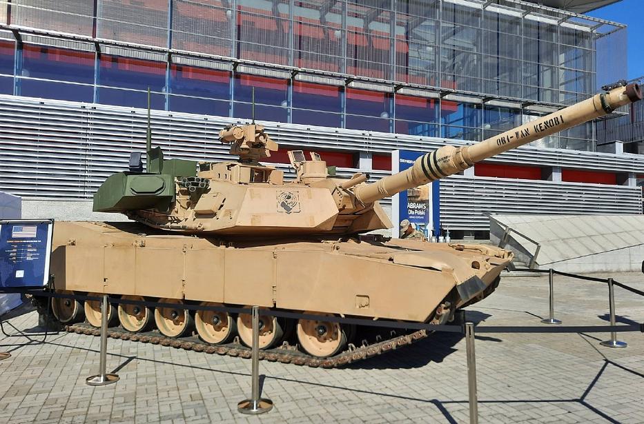 来自以色列的盾牌,美军M1A2坦克最新改进亮相,搭载主动防御系统