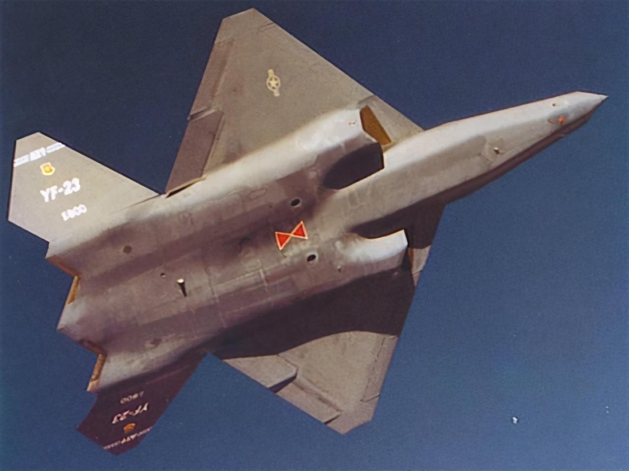 比F22还科幻!美军当年为何错过F23?只因关键设计太糟糕