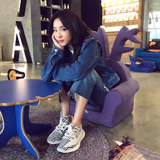2NE1朴山多拉公开自己的恋爱史:他们都是娱乐圈人士