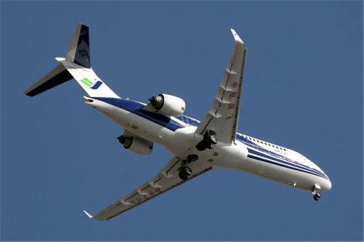 700架飞机飞向欧洲,美媒:中国品牌自信心增强,影响力扩至全球