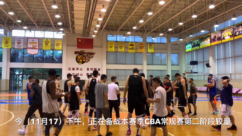 广东队教练组调整!杜锋迎来好帮助手,球队全力冲击CBA总冠军
