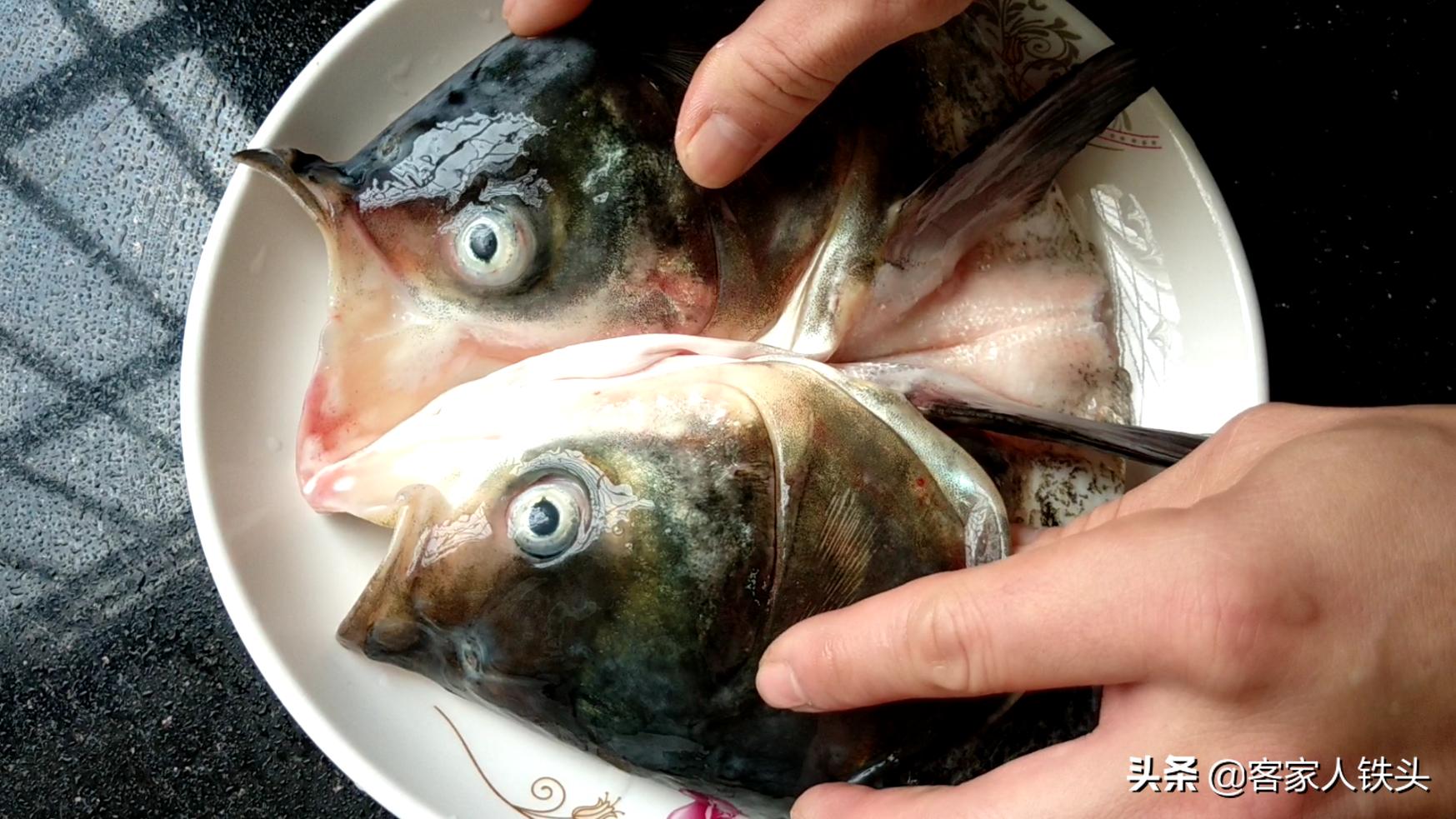 魚頭除了剁椒還可以加什麼做? 試試客家一個吃法,香嫩好吃超簡單