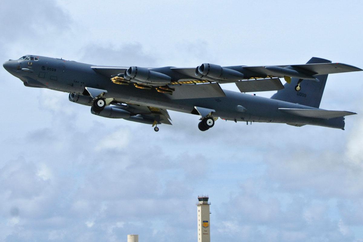 美派B-52威吓中国?中国专家:B-52没打赢越南,也不可能打赢中国