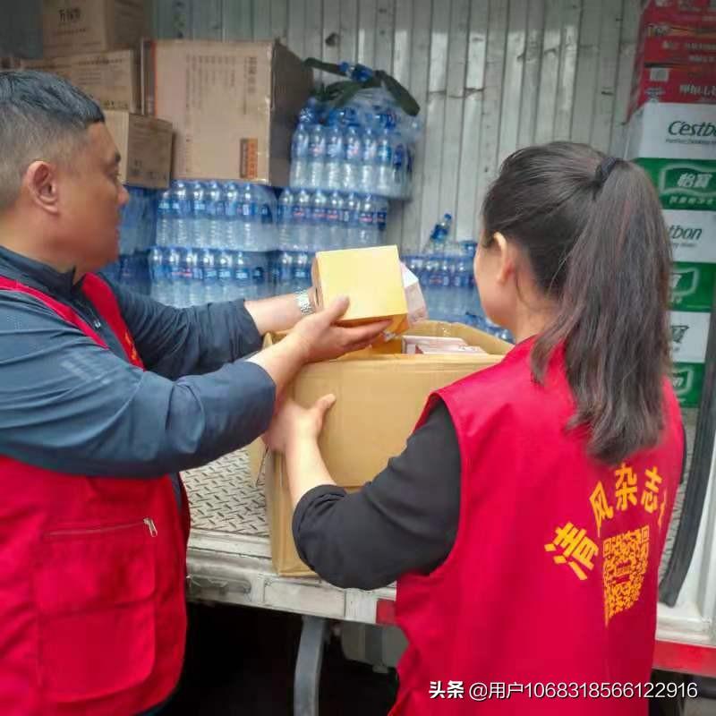大爱无疆:夏邑爱心人士焦海涛向郑州灾区捐赠救灾物资
