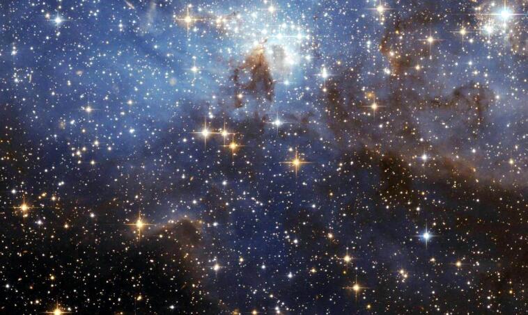 已知宇宙中最亮的天体,比太阳亮700万亿倍,堪比2万个银河系-第1张图片-IT新视野