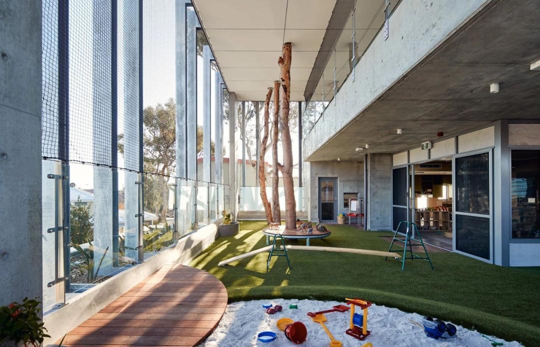 幼儿园设计分享丨自然与建筑完美共存,这样的设计太美了