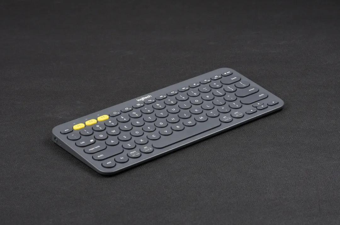 薄膜鍵盤→機械鍵盤→薄膜鍵盤,我悟了