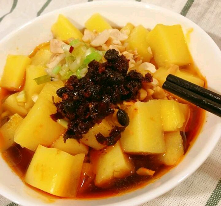 """汉中洋县的""""黄马咕嘟"""",不光是一种小动物,更是一种美食"""