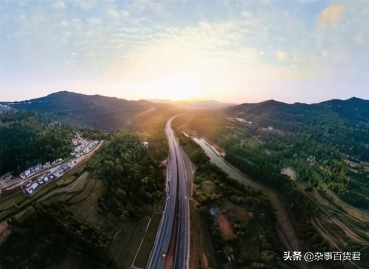 面积超过4000平方公里,高速公路却只有一条—巴中市通江县介绍