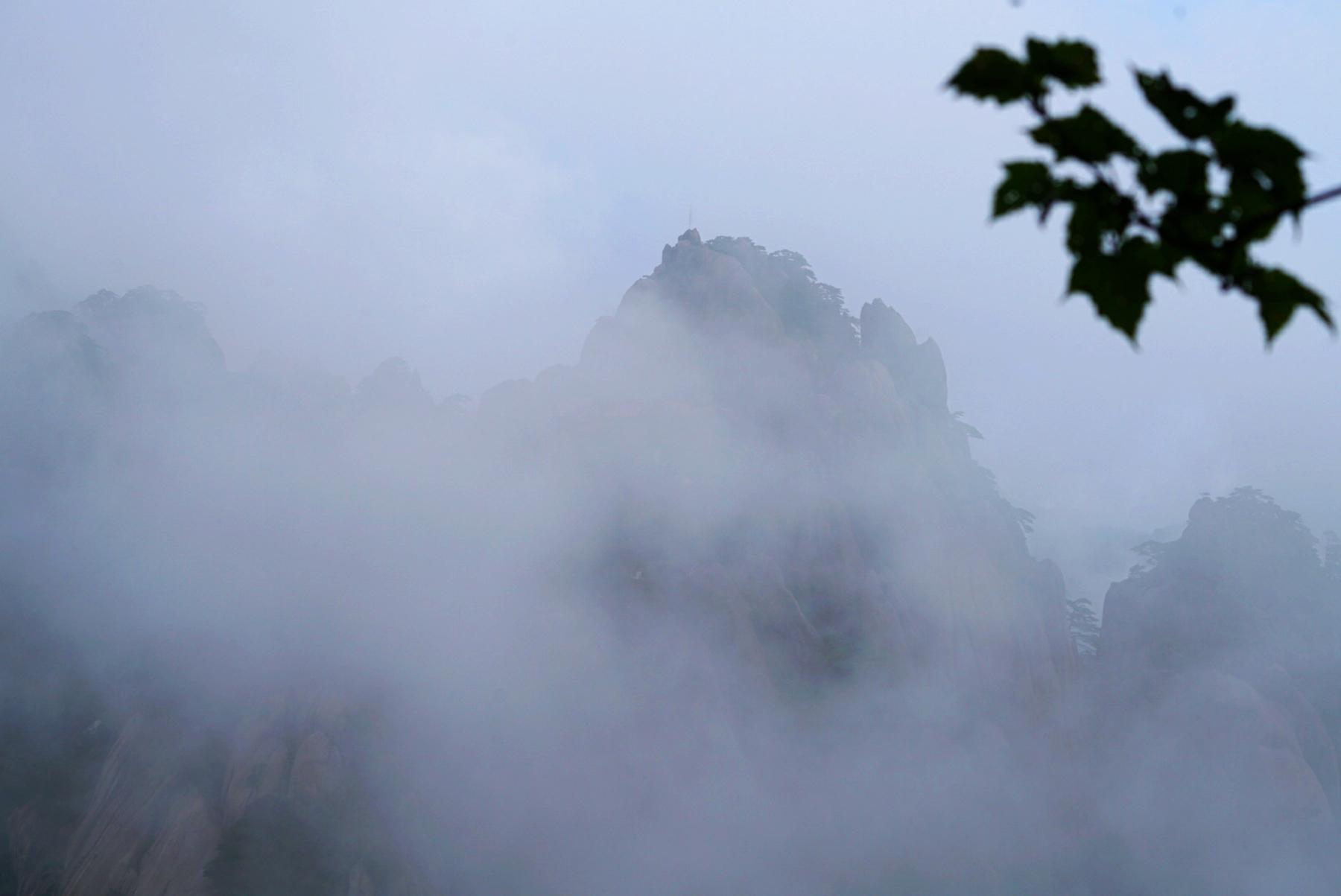 从长安出发,云中看李白的诗与远方