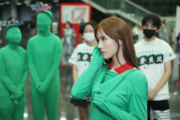 CJ现场网易CC直播show girl竟然一大群没有脸 这难道不是暴殄天物?