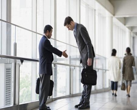 职场千万别踩上司的4大雷区,否则就是累死,上司也不会提拔你