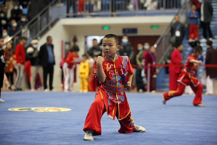 发展传统武术•助力十四运,第三届传统武术精英大赛古城开幕