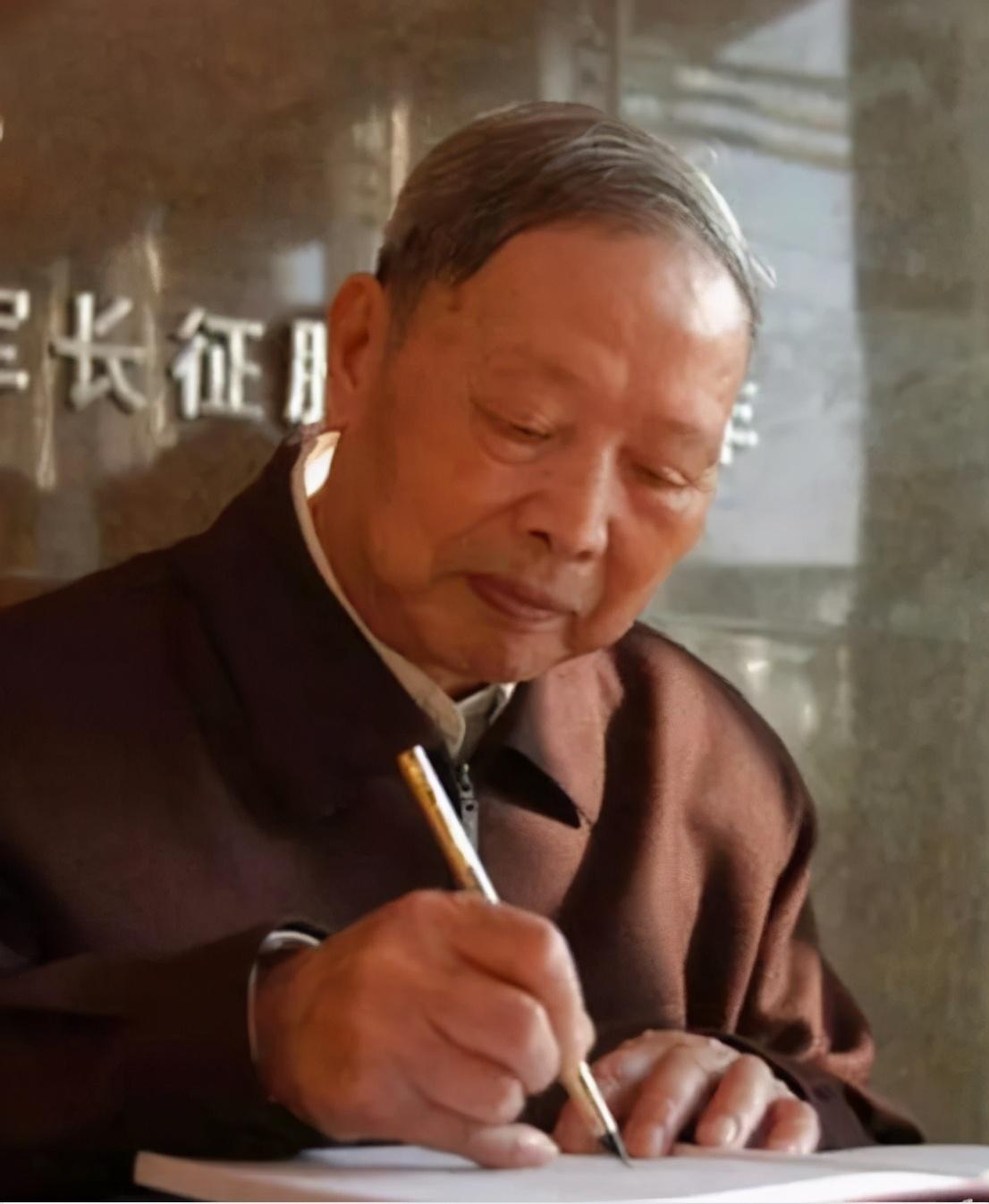 舉國悲痛:少共國際師,最后的開國將軍楊思祿去世,享年104歲