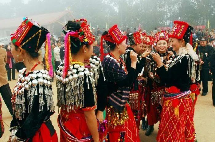 中国56个民族(二十七),景颇族