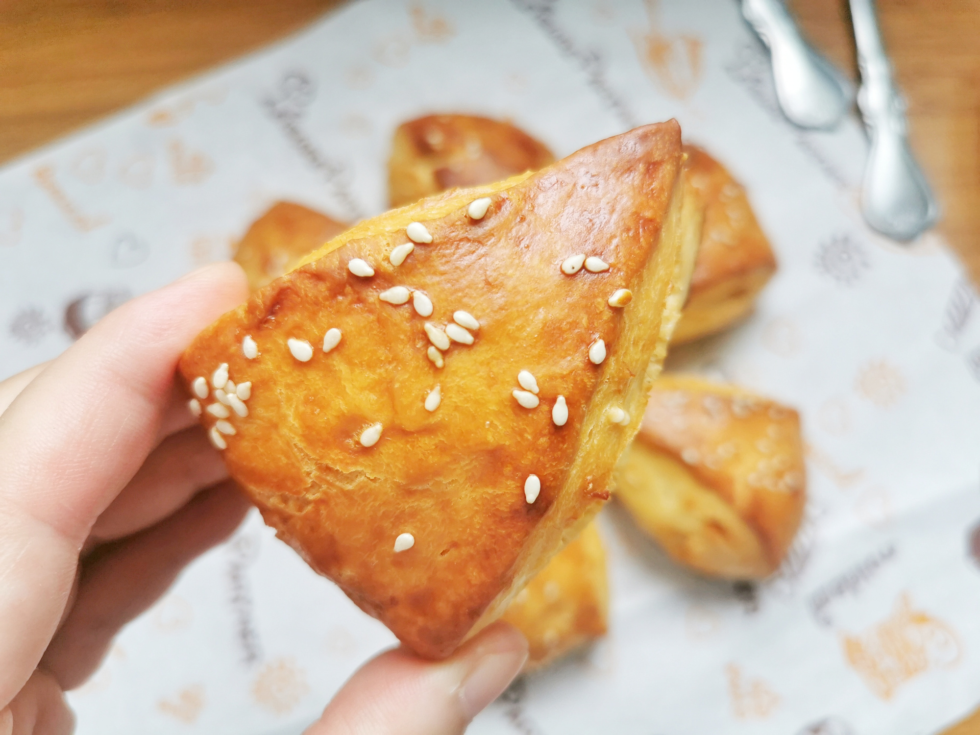 早餐不知道吃什么?试试这道零难度司康饼,外酥里软,孩子特爱吃
