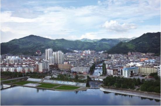 福建省一县级市,人口超50万,地处两省交界处!