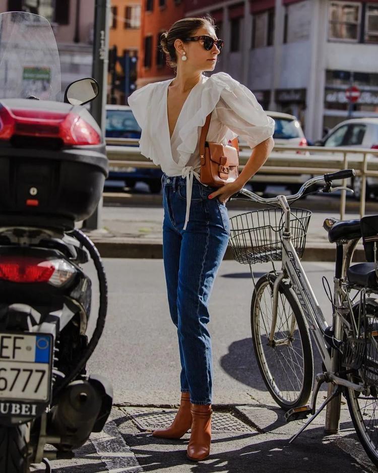 """真正聪明的女人,穿衣都懂""""扬长避短"""",7款单品让你穿得更精致"""