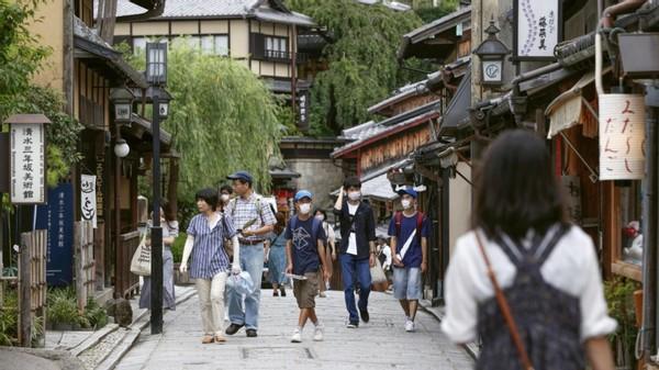 """中国游客不来了,日媒:中国出现一个""""夏威夷"""",人们疯狂购物"""