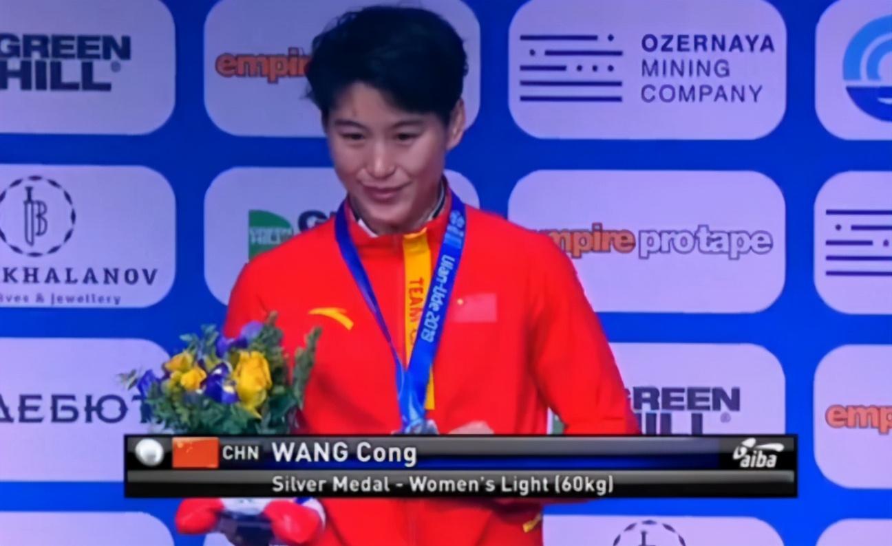 与张伟丽实力相当的中国拳手!击败子弹姐,主打奥运会而非UFC