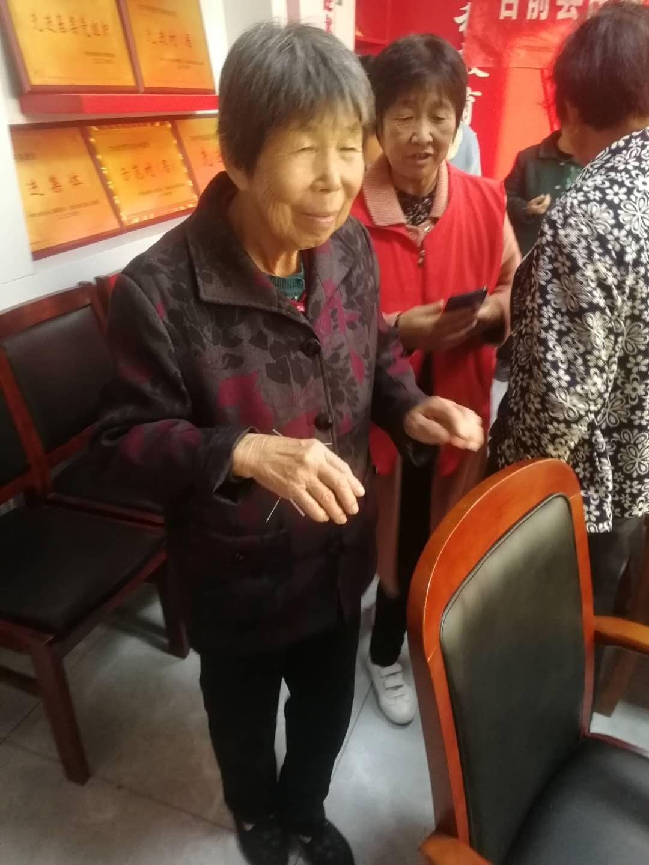 中医义诊进南孟社区,台前县民政局暖人心