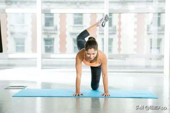 学会6个超有效的瘦腰动作,秒变小腰精