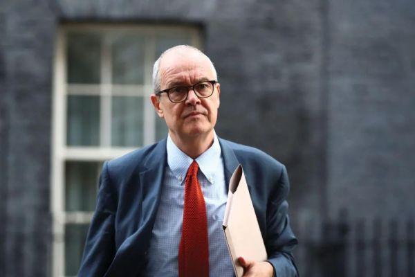 英国日增2.4万病例,专家称第二波疫情致死数可能会超过第一波