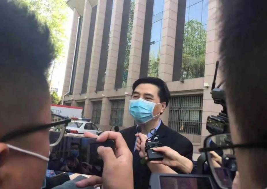 江歌母亲诉刘鑫生命权纠纷案最新进展!索赔207万,刘鑫未出庭,法院宣布将择期宣判