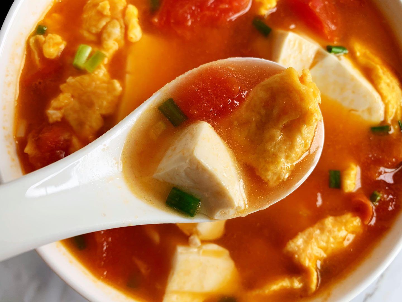 10月要多喝這碗湯,5塊錢煮一鍋,開胃又營養,大人孩子都愛喝