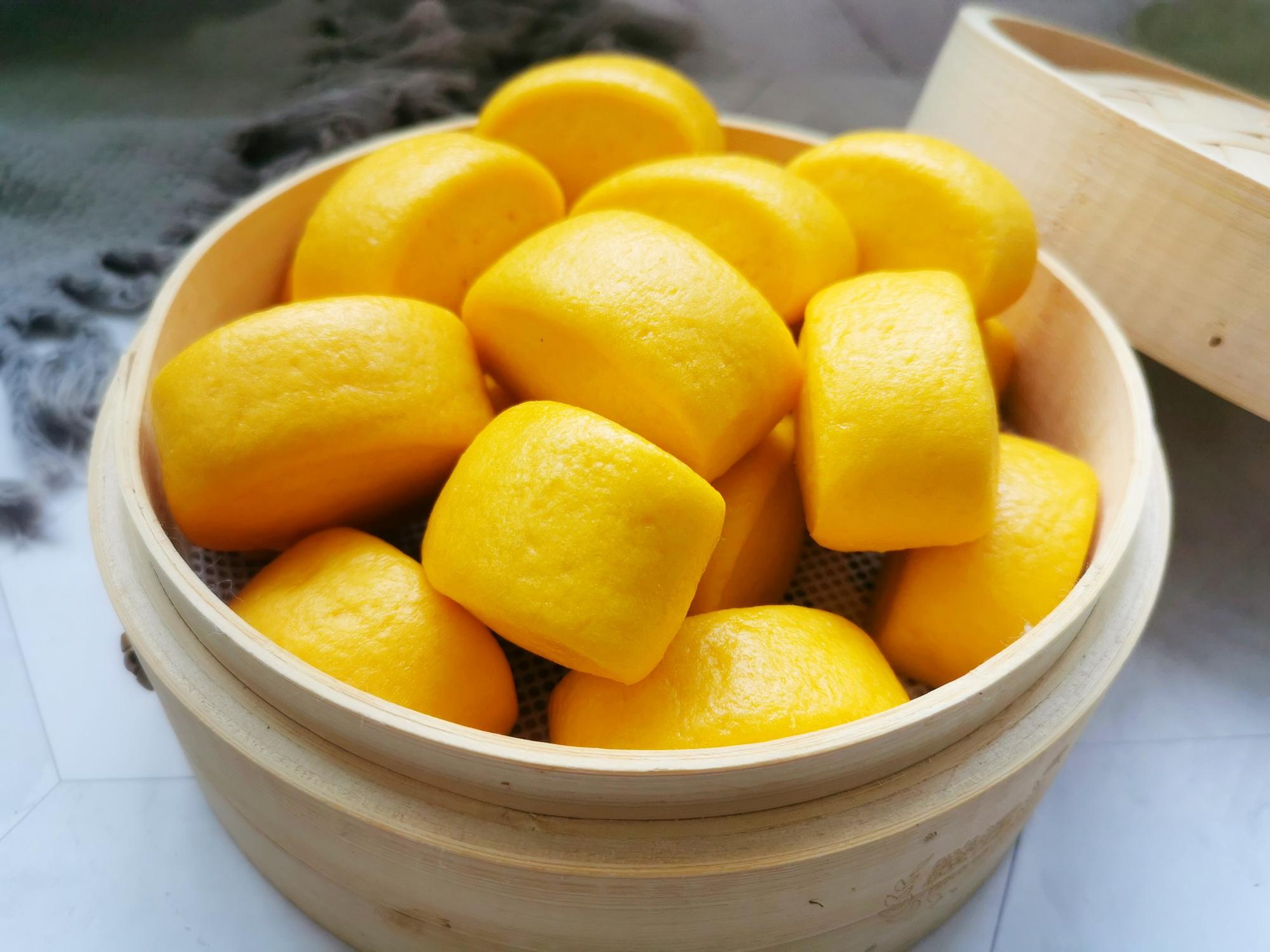 用南瓜山藥做饅頭,一次發酵,不加一滴水,全程只需30分鐘
