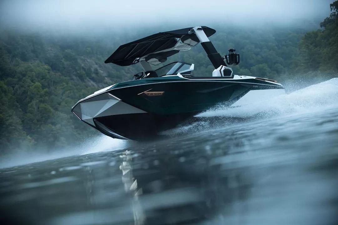 Super Air Nautique G23:连续7年斩获年度最佳尾波滑水船奖项