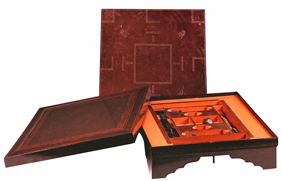 漆器:青铜器的接替者——战国秦汉漆器小史