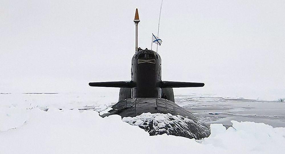 北极冰层太厚,核潜艇无法上浮!俄罗斯:用一枚洲际导弹凿个洞