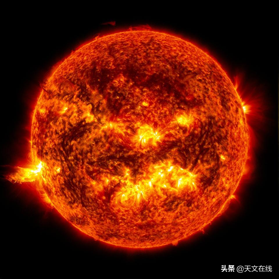 具有历史意义的太阳轨道器发射——研究太阳的两极