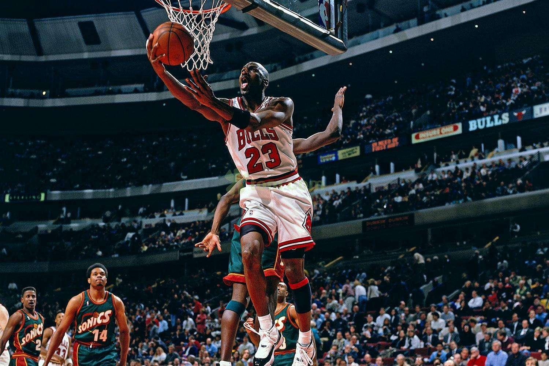 NBA球衣號碼那些事!喬丹定義23號球衣,而一號碼因小蟲被禁!