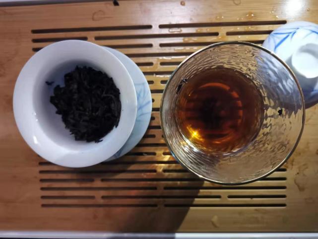 小茶控品鉴包の昔归熟普洱:熟茶相伴!这凛冽又热气腾腾的冬天