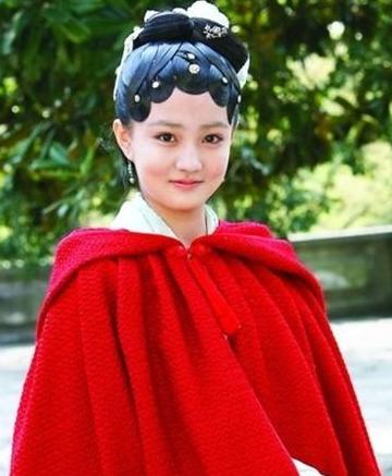 认出赵丽颖,却没认出一起来看流星雨的她,红楼梦里藏了多少人?