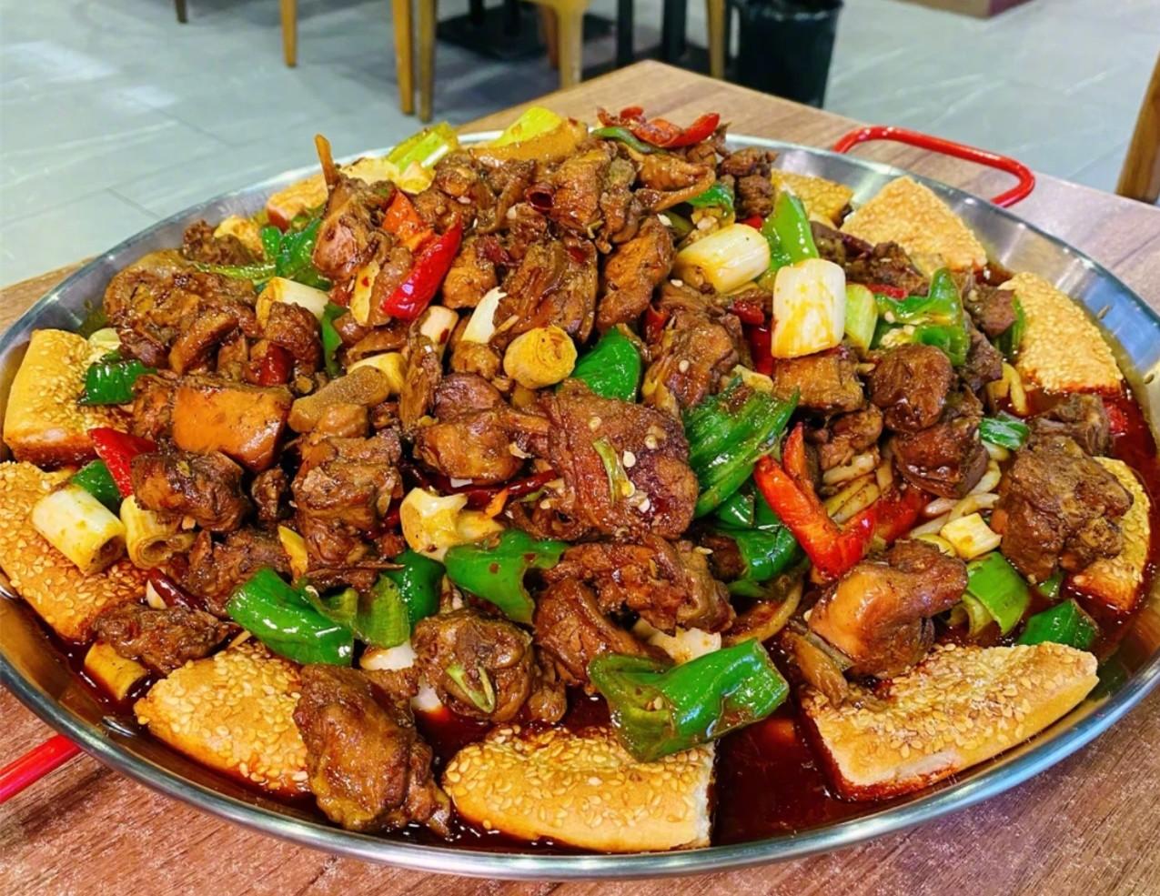 """去新疆,得挨个""""打卡""""吃的12种美食,一个比一个让人流口水"""