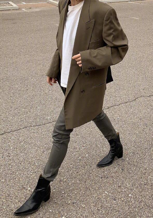 德国博主超时髦大一号穿搭 注定了她的小众且个性
