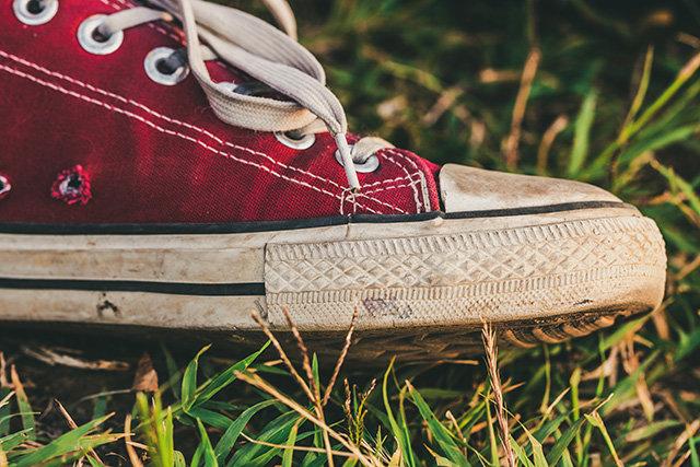 全世界有那么多鞋,为什么偏偏火的是匡威?