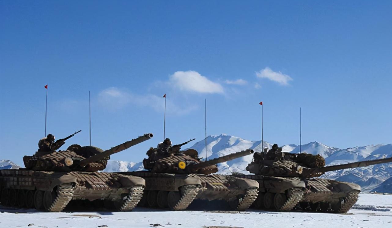 中国军人终于开始撤离班公湖,印度军方细数撤下坦克数,陷入沉默